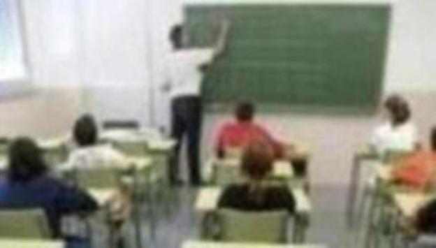 El Ministerio convoca 1.000 plazas para ser maestro alrededor de todo el mundo