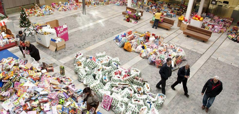 Arranca la recogida de juguetes en el Ayuntamiento de Cartagena