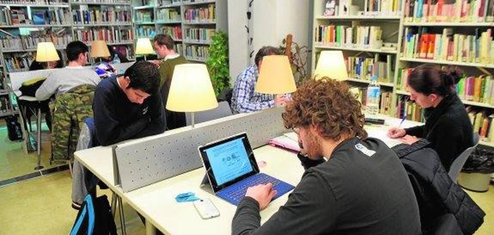 Feremur solicita a Ballesta la apertura de las bibliotecas los fines de semana durante los exámenes
