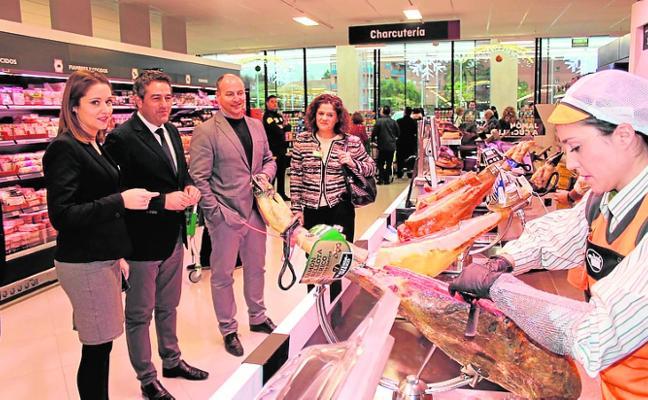 Mercadona de la Súper Chuy's abre sus puertas