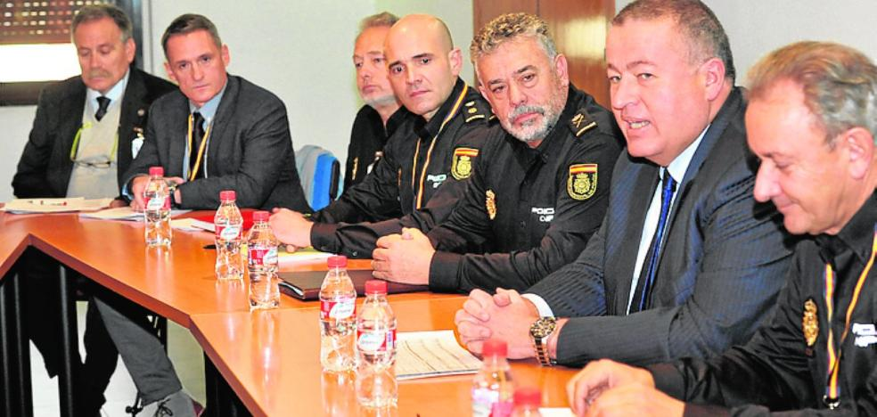 Reunión de Bernabé con mandos policiales