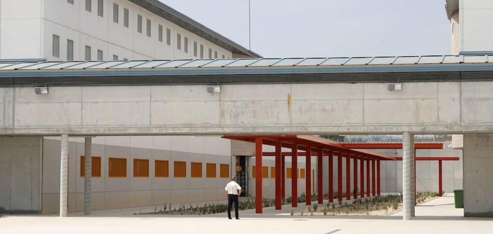 Los sindicatos denuncian que la prisión de Campos del Río está «al borde del colapso sanitario»