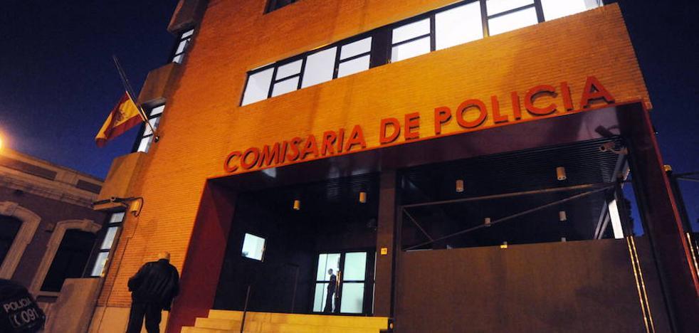 Detenido en Murcia por agredir presuntamente a su esposa con golpes en la cabeza y patadas