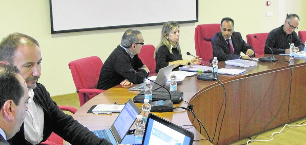 La UPCT reducirá un 40% el número de departamentos y prescindirá de 20 cargos directivos
