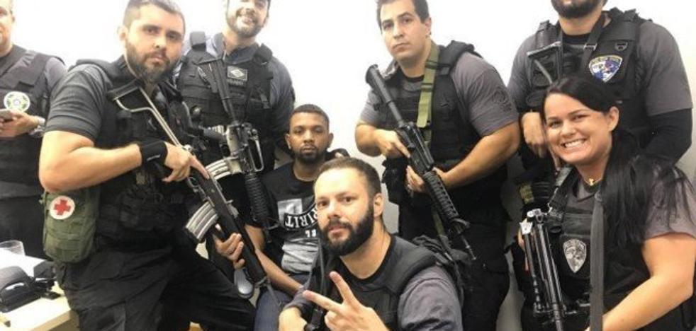 La policía brasileña se hace 'selfies' con el narco más peligroso del país