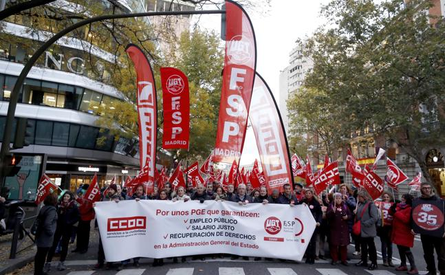 Los sindicatos abogan por mayores cotizaciones y sanciones para los contratos temporales