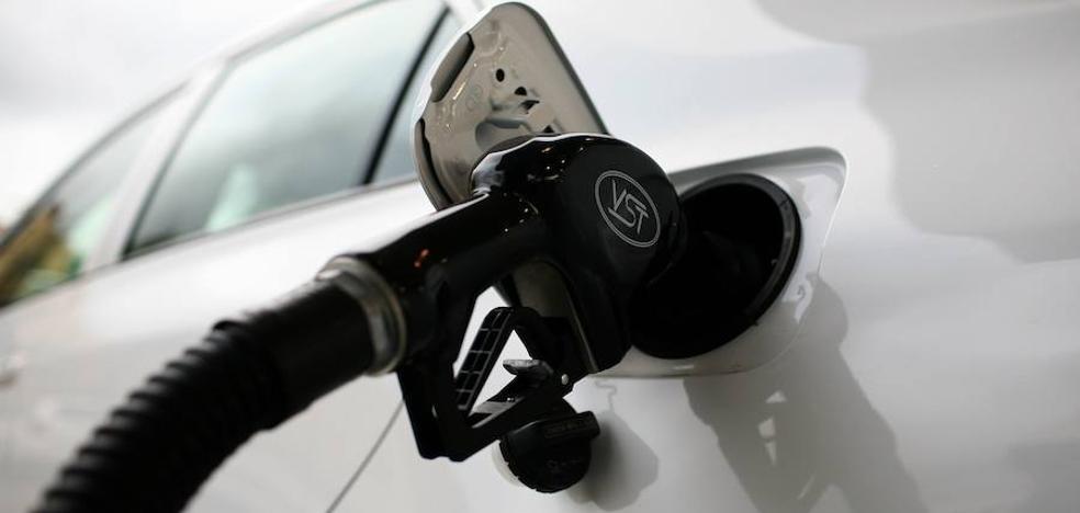 El alza de los carburantes eleva la inflación al 1,7% en noviembre