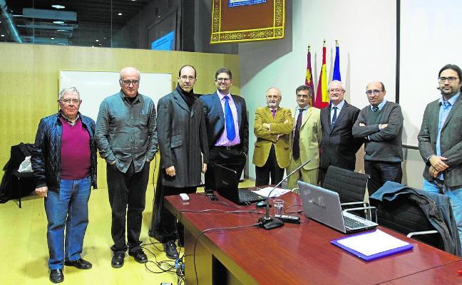 La llegada del AVE reúne a los ingenieros en la UPCT