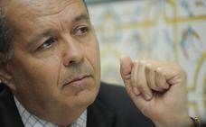 Aldeguer considera «desafortunada» e «incongruente» la denuncia del Mar Menor