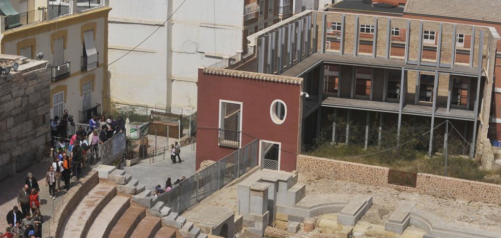 El pórtico del Teatro Romano será excavado a partir de 2021