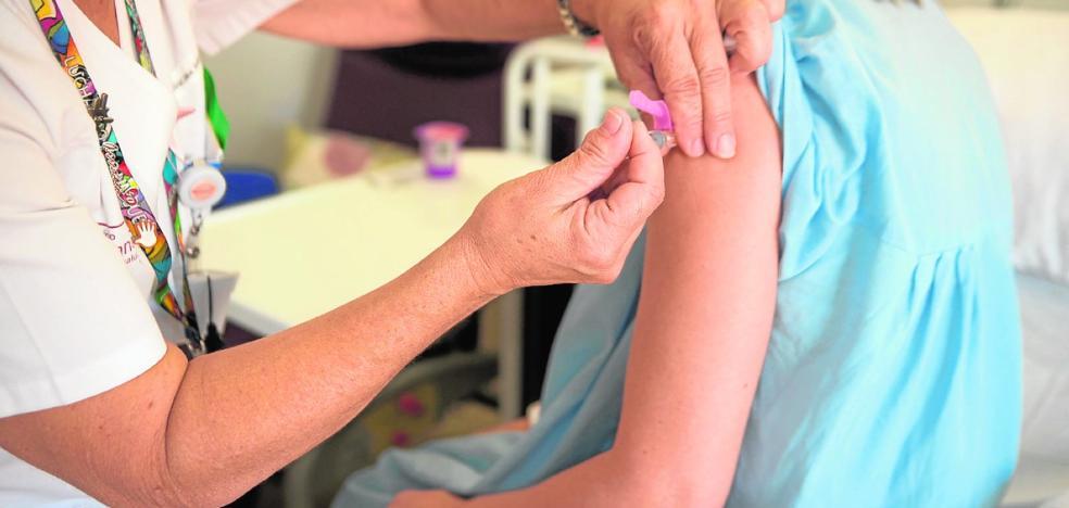 La afluencia a Urgencias aumenta un 15% sin que haya llegado aún la gripe
