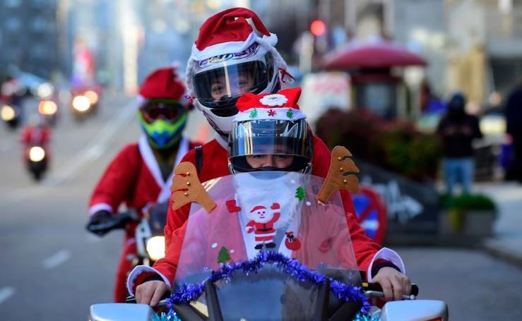 Santa Claus sobre ruedas