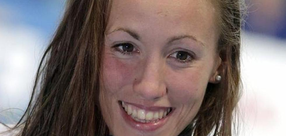 Jessica Vall, bronce con récord de España en los 100 braza