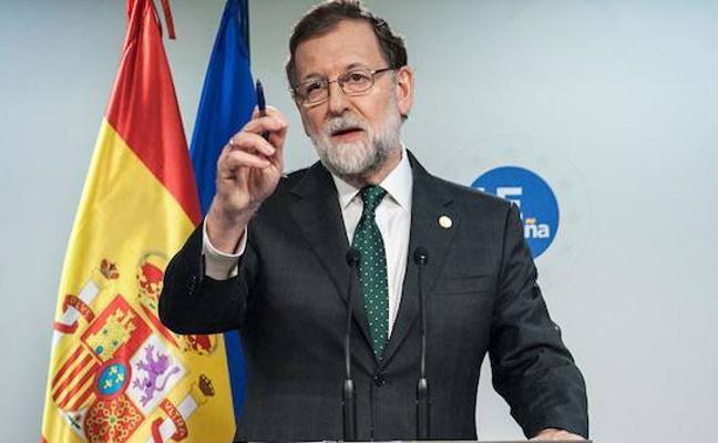 Rajoy se disculpa con León por atribuir a Reino Unido el origen parlamentarismo