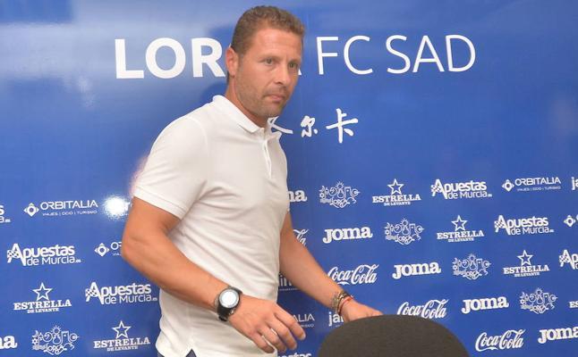 Curro Torres deja de ser entrenador del Lorca FC