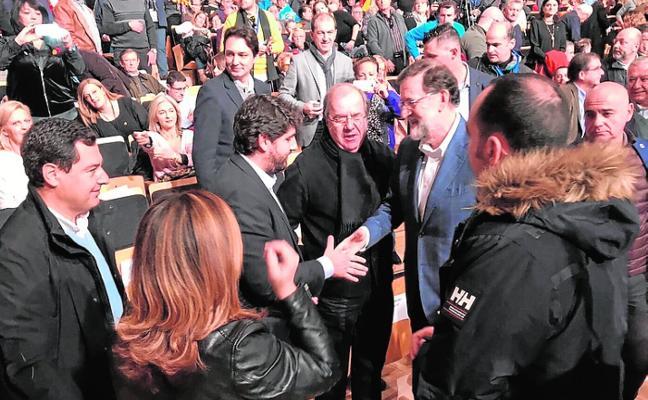 López Miras y Diego Conesa arropan en Cataluña a los candidatos de PP y PSOE