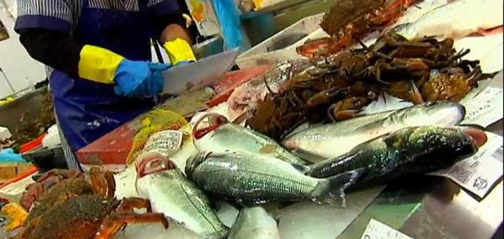 Consejos para evitar el temido anisakis del pescado en Navidad