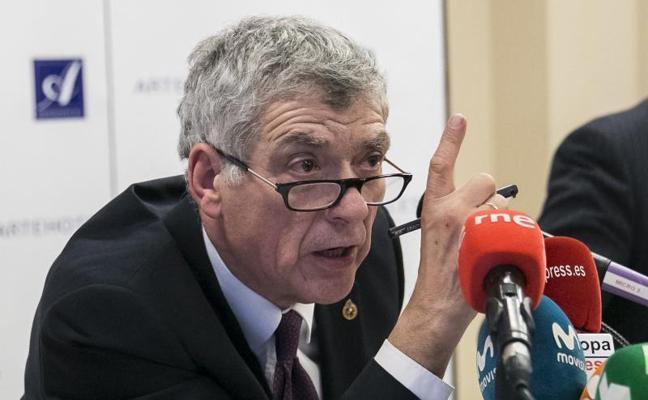 Villar: «El único responsable de que España se pueda quedar fuera del Mundial es el CSD»