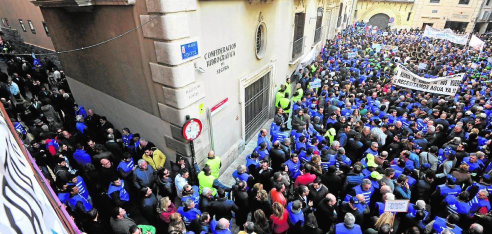 Acto simbólico en Torrevieja, para concentrar las energías en la manifestación de Madrid