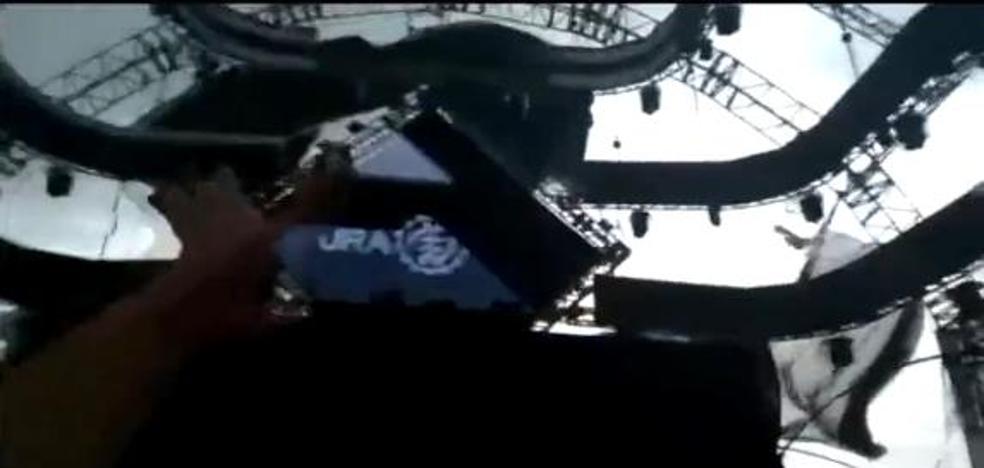 Un conocido DJ muere al derrumbarse el escenario mientras pinchaba