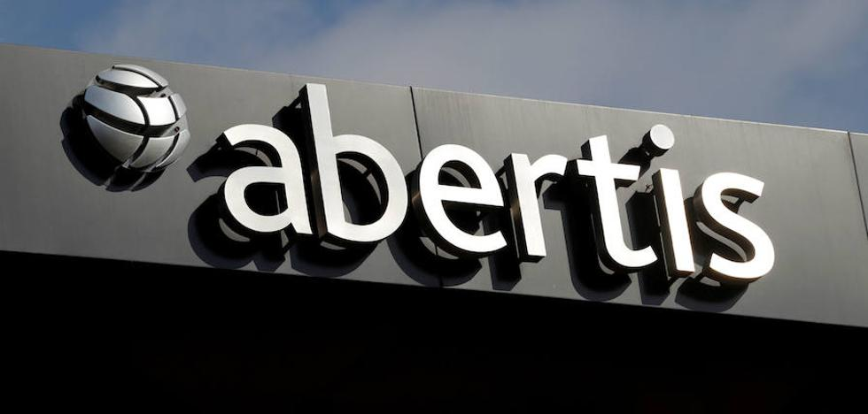 Atlantia cede y solicita autorización al Gobierno para comprar Abertis