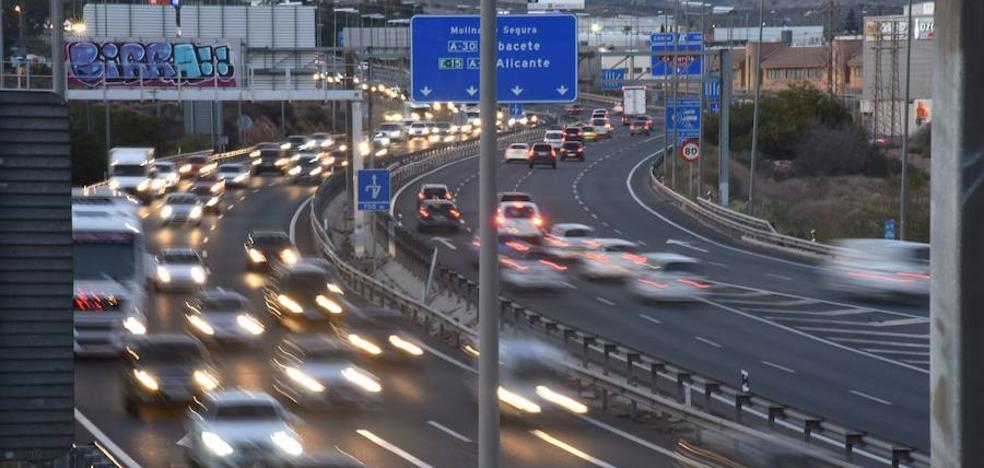 La DGT prevé 800.000 desplazamientos por las carreteras de la Región esta Navidad