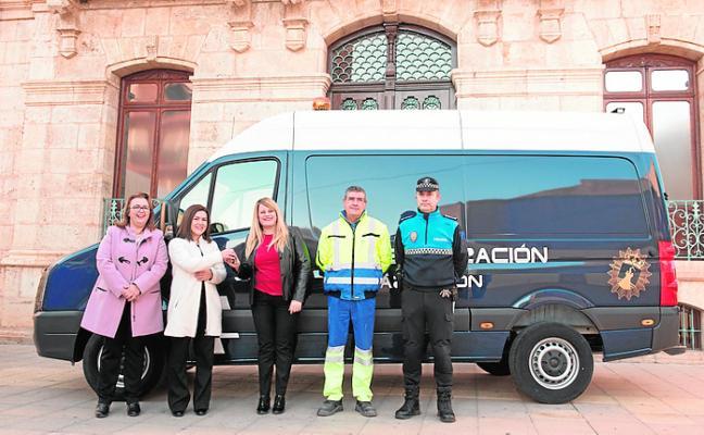Invierten 32.000 euros en un vehículo de señalización vial