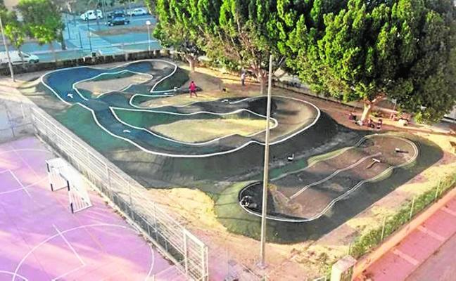 El parque 'Pump Track' se inaugura con exhibición