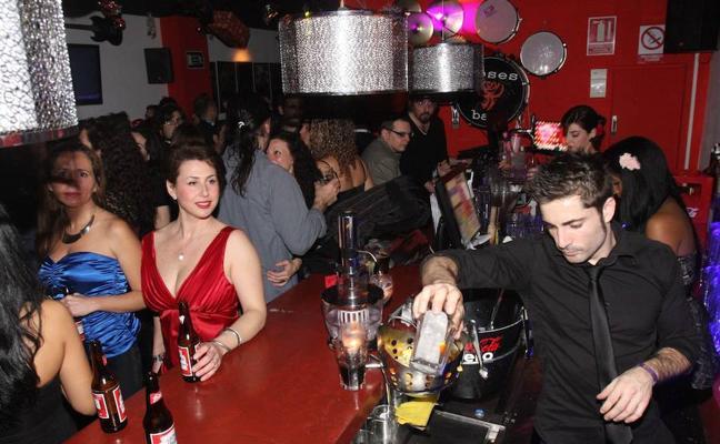 Consumur alerta sobre los excesos de aforo durantes las celebraciones de Nochevieja