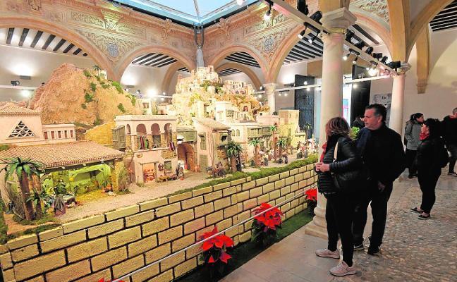 Más de 15.000 visitantes pasan por el belén monumental