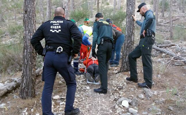 Rescatan a un senderista herido en el pasaje La Atalaya de Cieza