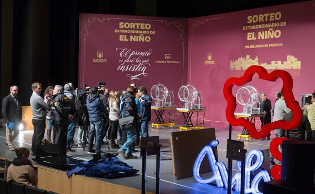 'El Niño' reparte este sábado 700 millones de euros en premios
