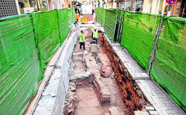 Los arqueólogos vuelven a la calle de los baños árabes