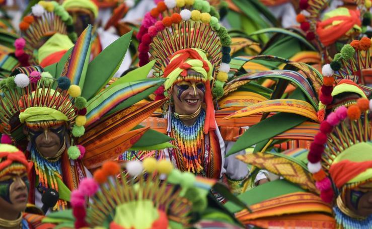 Carnaval de Negros y Blancos (y colores)