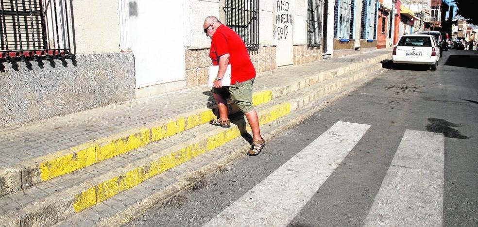El PP exige a Castejón un plan de inversiones en los barrios deprimidos y otro en el centro
