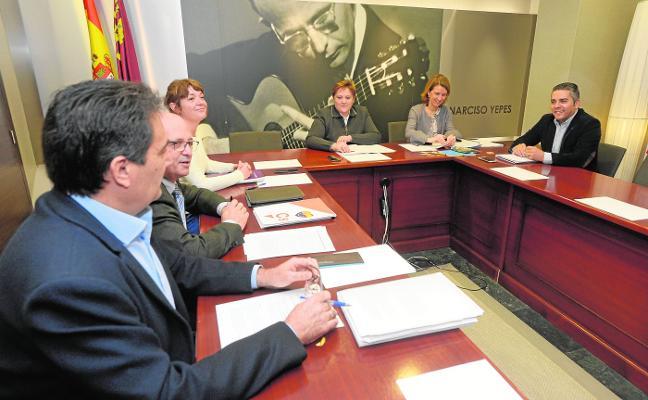 Un tercio de las enmiendas del Mar Menor aún separan al PP y a la oposición