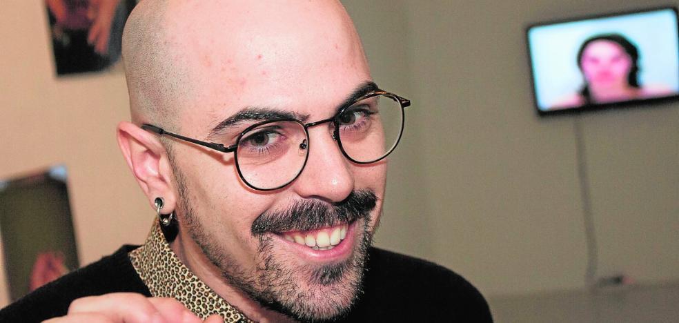 Daniel Soriano plantea en el Párraga una reflexión sobre la educación