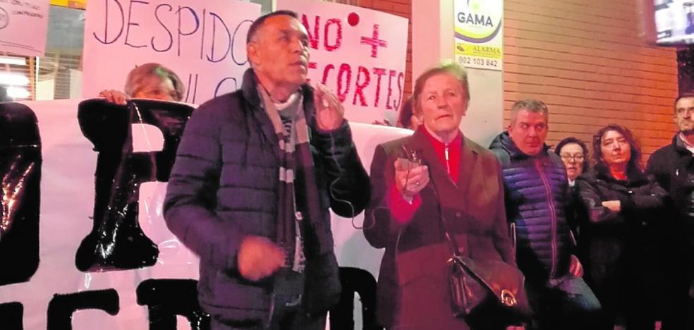 Exigen la readmisión de un sindicalista despedido de una firma de autobuses