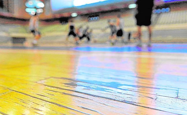 Cambiarán el pavimento del Palacio de los Deportes seis meses después de renovarlo