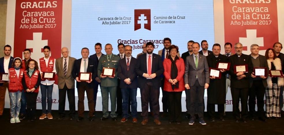 López Miras: «Seguiremos poniendo en valor que Caravaca es una de las cinco ciudades sagradas del mundo»