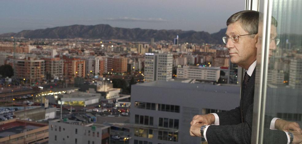 Juan Bernal: «El PP lleva camino de perder las elecciones»
