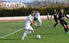 El Jumilla choca contra Gonzalo, portero de 17 años de la UD Melilla