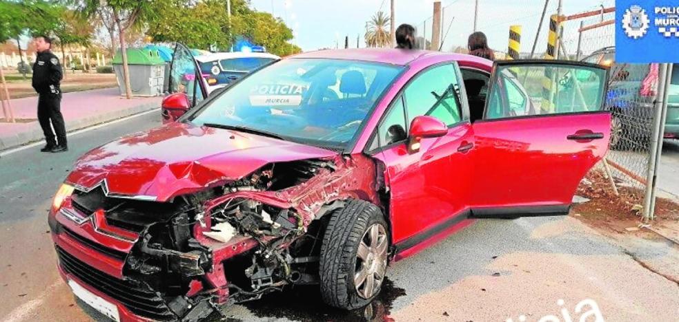 Heridos leves en un choque de vehículos en Murcia