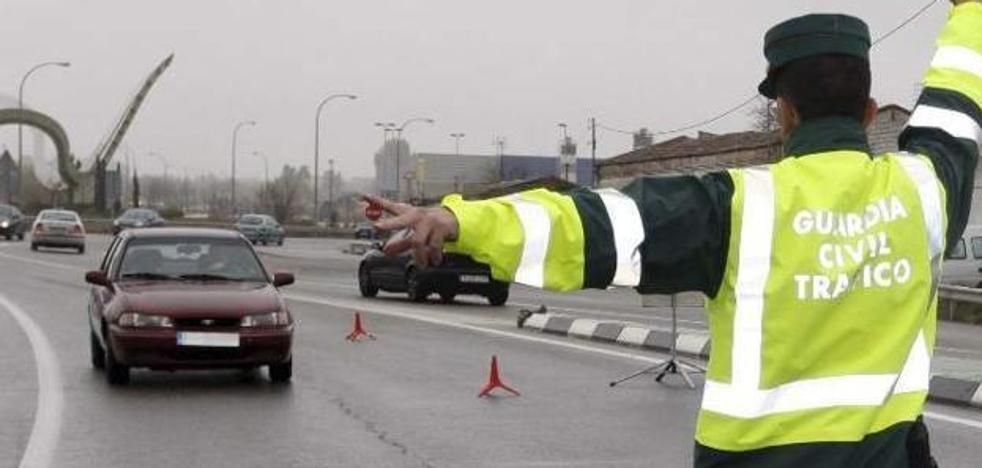 ITV, ruedas, luces, parabrisas...: el control que te puedes encontrar esta semana si coges el coche