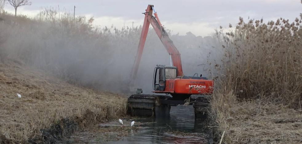Un tanque en el río