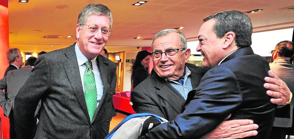 Juan Bernal sacude el avispero del PP