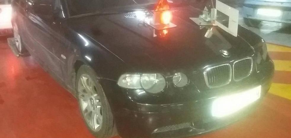 Cazado en Murcia conduciendo un coche del alta gama a pesar de que nunca obtuvo el carné