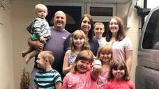 Multan a unos padres por llevar a sus ocho hijos de vacaciones en periodo escolar