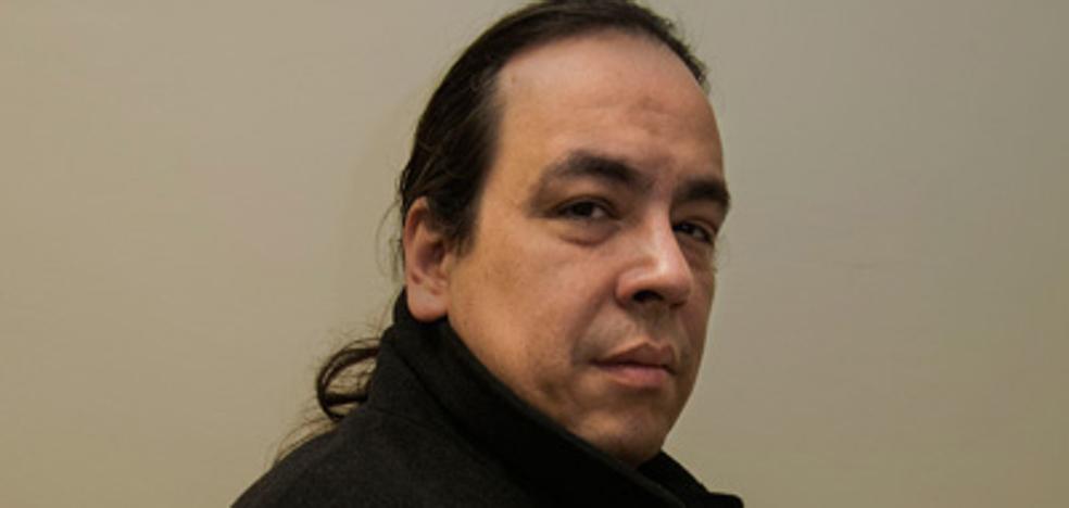 Juan Carlos Méndez Guédez: «En España vivo feliz»