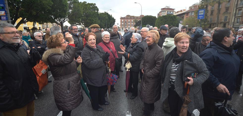 Los pensionistas sostienen un tercio de los hogares con 812 euros al mes de media